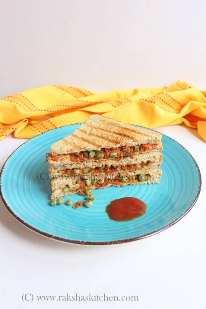 carrot sandwich with peas