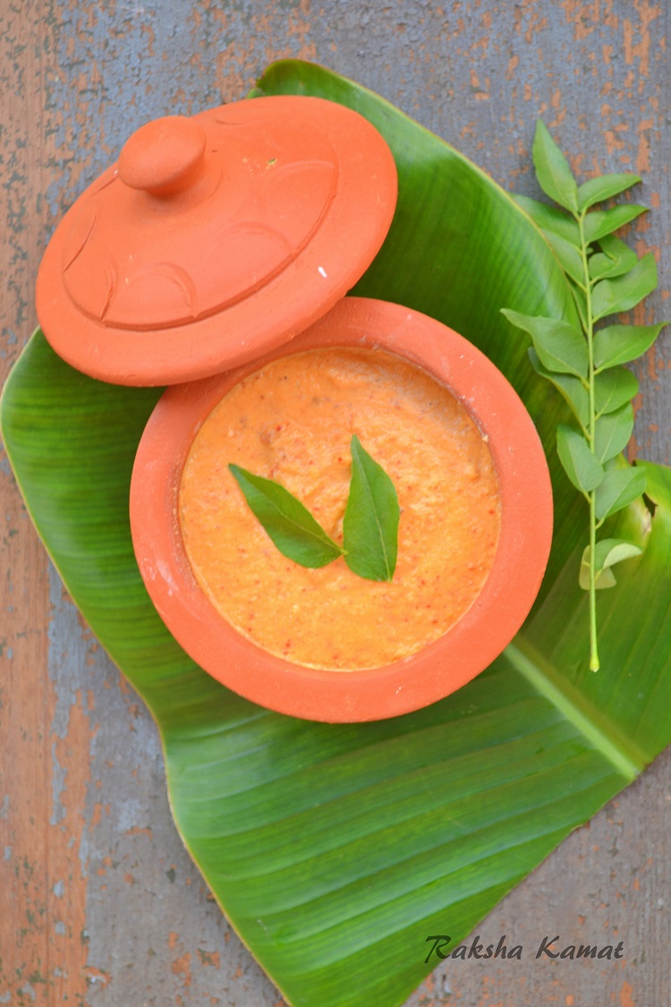 garlic red chilli coconut chutney