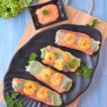 Rice paper rolls with sriracha dip