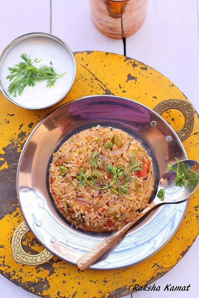 Tava pulao recipe, tava pulao, pav bhaji pulao, pulao on tava