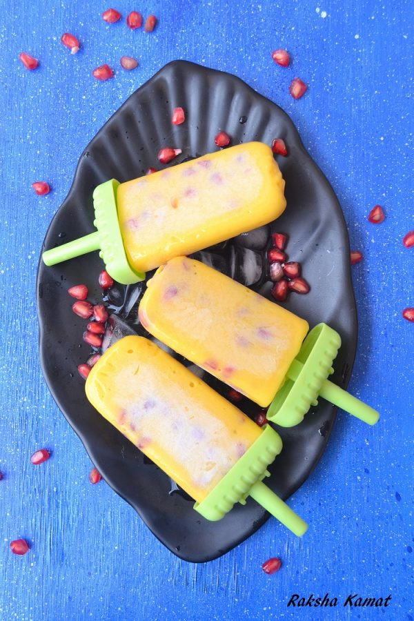 Mango pomegranate popsicle, mango recipe, mango popsicle, popsicles for kids