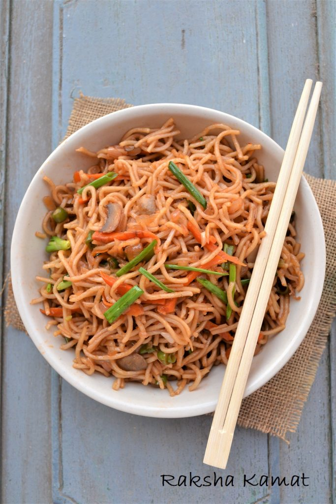 Easy Egg Lo Mein