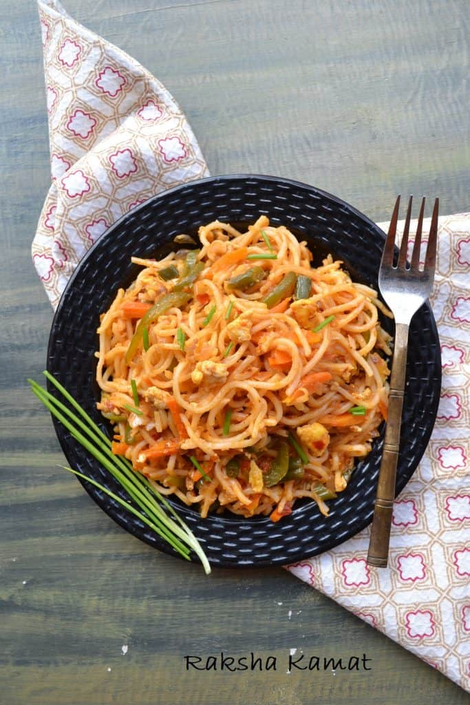 Egg Schezwan Noodles