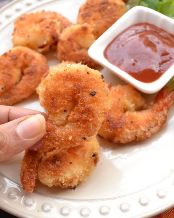 crispy coconut fried shrimps