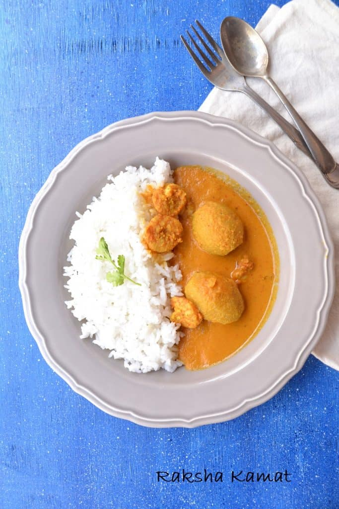 Prawn curry with ambade